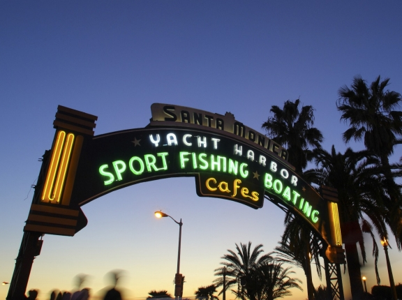 The entrance to the Santa Monica Pier at sunset, photo by paylessimages/Fotolia