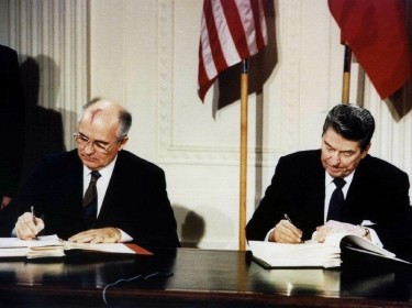 U.S. President Ronald Reagan (R) and Soviet President Mikhail Gorbachev sign the Intermediate-Range Nuclear Forces (INF) treaty in the White House, Washington, DC, December 8, 1987, photo by Str Old/Reuters