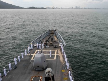The USS Bunker Hill, part of the Theodore Roosevelt Carrier Strike Group, arrives in Da Nang, Vietnam, March 5, 2020, photo by Petty Officer 3rd Class Nicholas Huynh/U.S. Navy