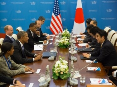 President Barack Obama, left, and Japan's Prime Minister Shinzo Abe, right, during their bilateral meeting at the G20 Summit in St. Petersburg, Russia, Sept. 5, 2013