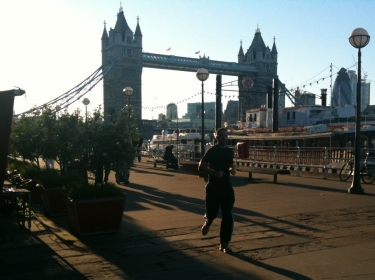 London, Tower Bridge runner