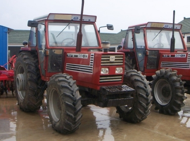 chinese_tractors_278937056_f492a8c408_b