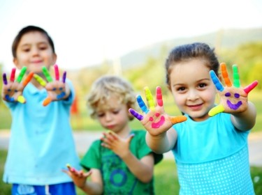 Children showing their painted hands