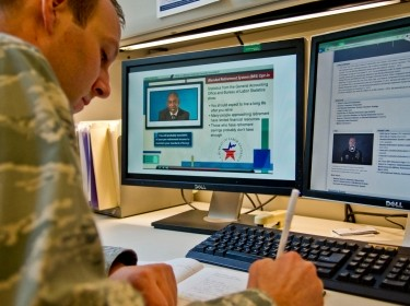 Air Force Maj. Michael Odle, Defense Department assistant director of military compensation policy, reviews the DoD course content for the Blended Retirement System opt-in training at the Pentagon, Jan. 30, 2017, photo by Lisa Ferdinando/U.S. Army
